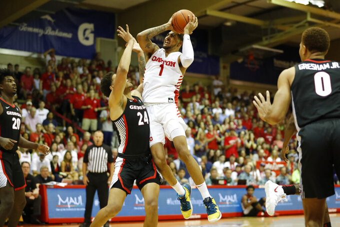 Dayton rolls over Georgia 80-61 at Maui Invitational