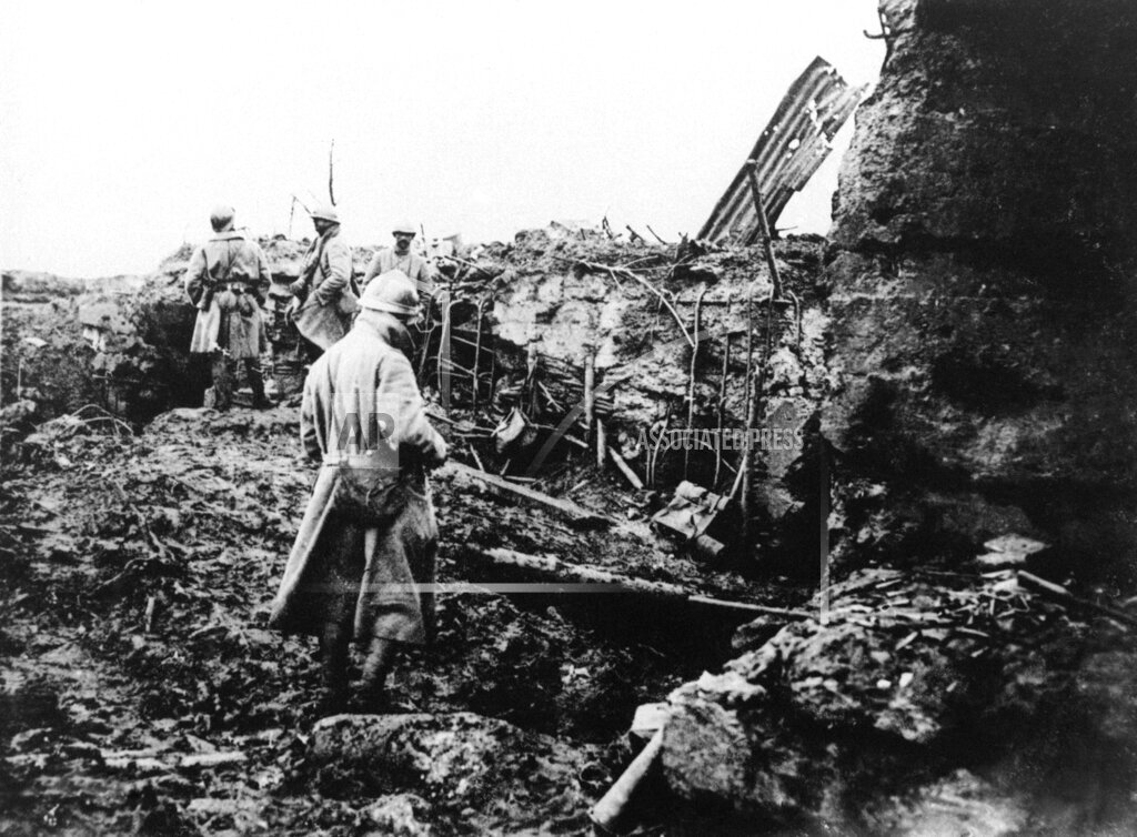 Watchf AP I   BEL APHS359787 WWI: French army in Belgium
