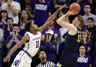 Ignas Brazdeikis, Anthony Gaines
