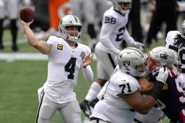 Las Vegas Raiders quarterback Derek Carr (4) passes against the New England Patriots in the first half of an NFL football game, Sunday, Sept. 27, 2020, in Foxborough, Mass. (AP Photo/Charles Krupa)