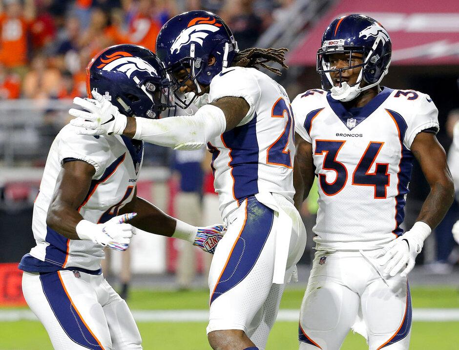 Broncos Raiders Preview Football
