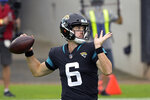 Jacksonville Jaguars quarterback Jake Luton (6) throws a pass against the Pittsburgh Steelers during the first half of an NFL football game, Sunday, Nov. 22, 2020, in Jacksonville, Fla. (AP Photo/Phelan M. Ebenhack)