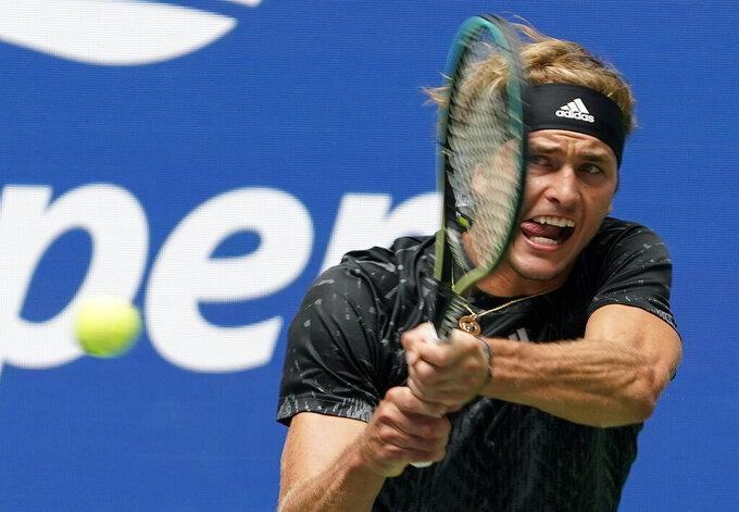 "Djokovic tops teen ""Ruuune!"" at US Open in calendar Slam bid"