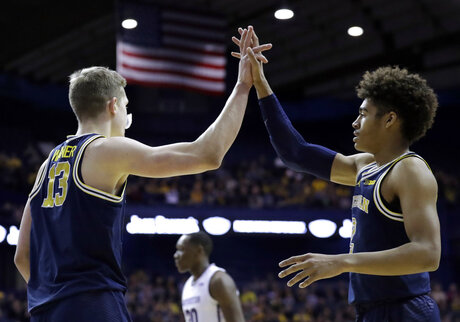 Moritz Wagner, Isaiah Livers