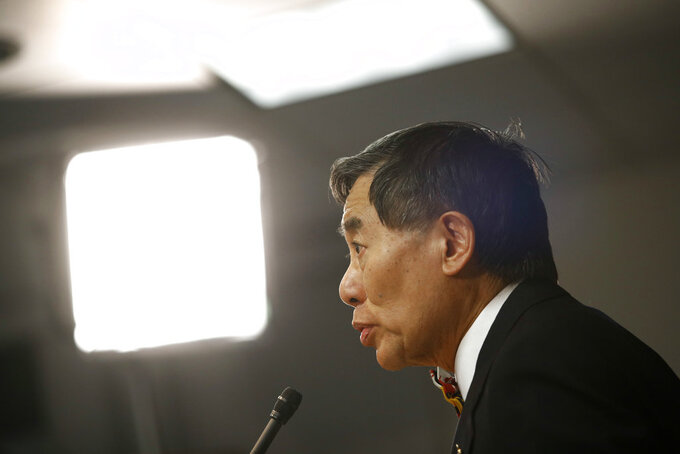 University of Maryland president Wallace Loh speaks at a news conference following the board of regents' recommendation that football head coach DJ Durkin retain his job, Tuesday, Oct. 30, 2018, in Baltimore. Durkin has been on paid administrative leave since August, following the death of a player who collapsed during practice and an investigation of bullying by the Maryland coaching staff. (AP Photo/Patrick Semansky)