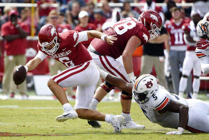 Arkansas seeks 1st SEC win, faces struggling Mississippi St.