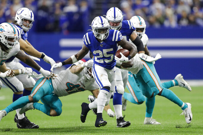 Colts' sputtering offense proves problematic in latest loss