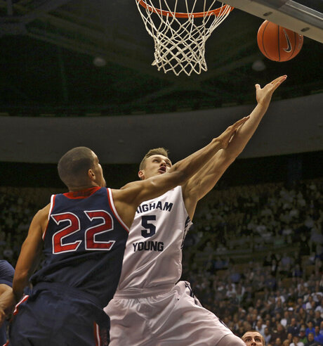 BYU vs St. Mary's mens basketball game 01