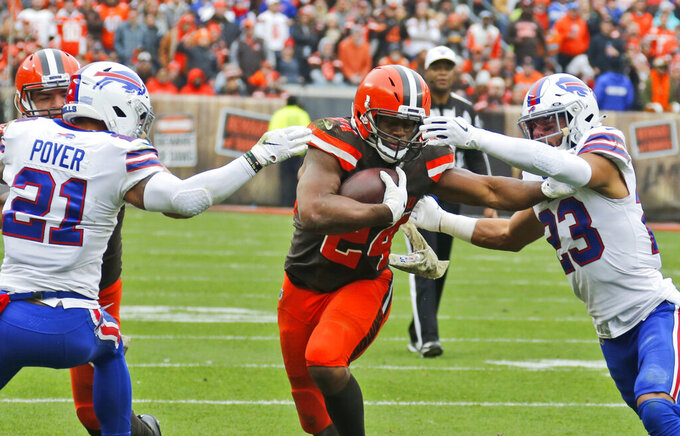2 of a kind: Chubb, Hunt give Browns powerful backfield