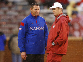 Clint Bowen, Bob Stoops