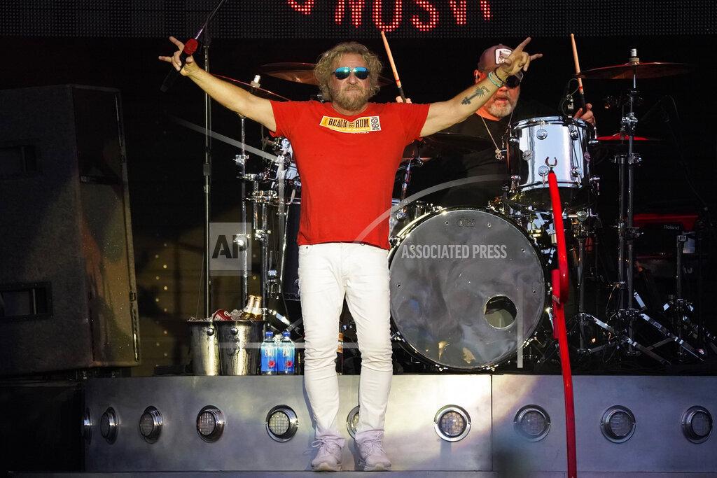 Sammy Hagar & The Circle in Concert - Aurora, Ill.