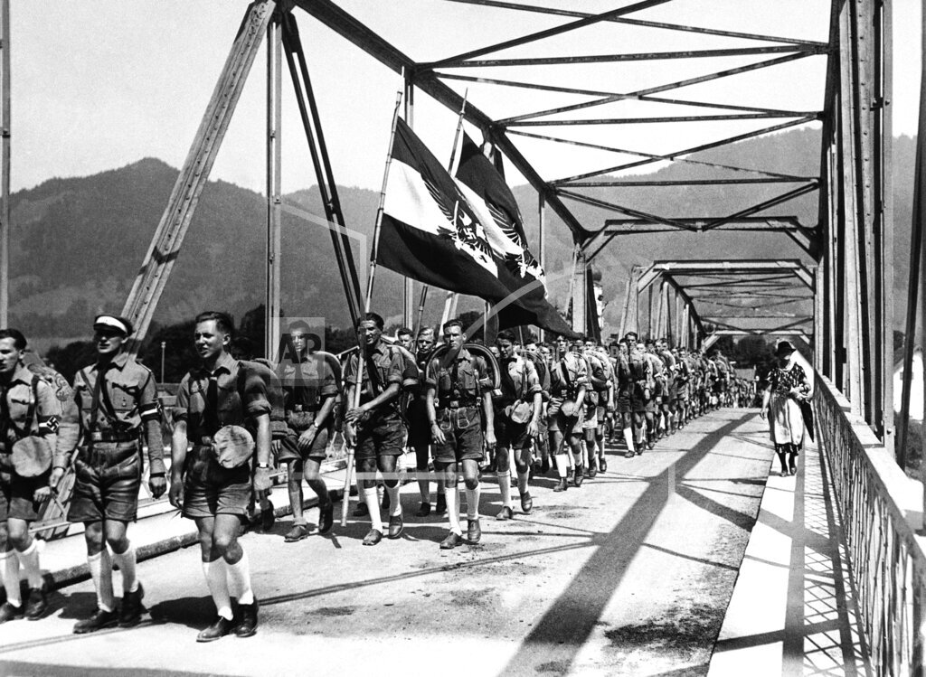 Watchf AP I   DEU APHSL23156 Germany Hitler Boys Camp