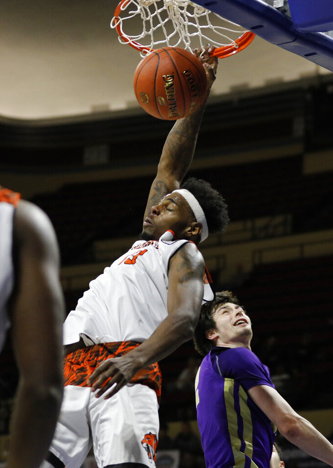 Georgetown College eases past Carroll for 3rd NAIA DI title