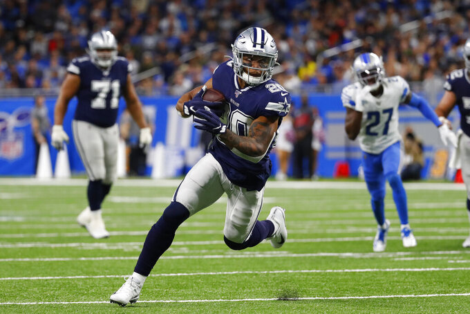 Dallas Cowboys running back Tony Pollard rushes 21-yards for a touchdown during the first half of an NFL football game against the Detroit Lions, Sunday, Nov. 17, 2019, in Detroit. (AP Photo/Paul Sancya)