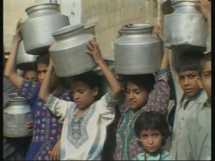 (V) Pakistan Water