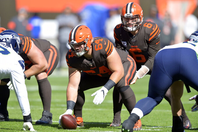 Front and center: Browns sign C Tretter to 3-year extension