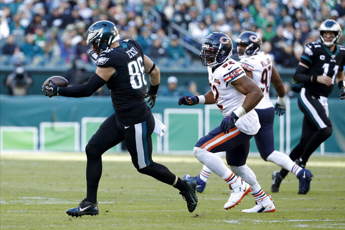 Philadelphia Eagles' Zach Ertz catches a pass during the second half of an NFL football game against the Chicago Bears, Sunday, Nov. 3, 2019, in Philadelphia. (AP Photo/Chris Szagola)