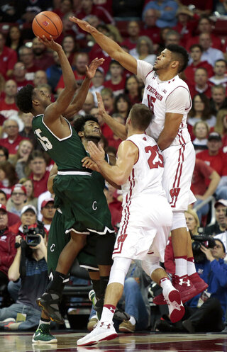Chicago St Wisconsin Basketball