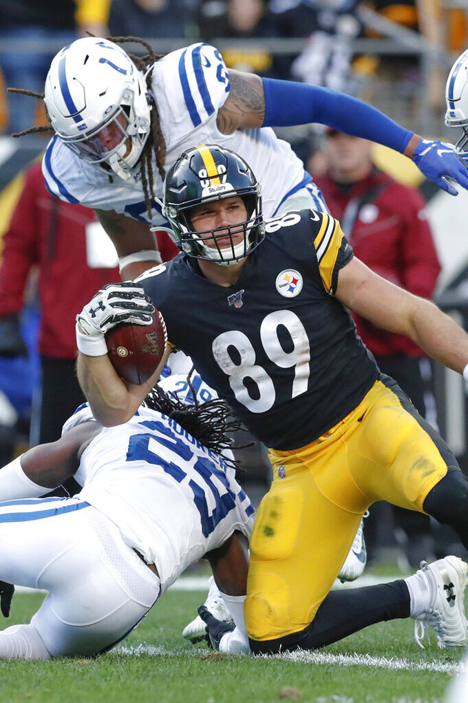 Pittsburgh Steelers tight end Vance McDonald (89) celebrates after making a touchdown catch against the Indianapolis Colts in the second half of an NFL football game , Sunday, Nov. 3, 2019, in Pittsburgh. McDonald was ruled down at the 1 yard line. (AP Photo/Don Wright)