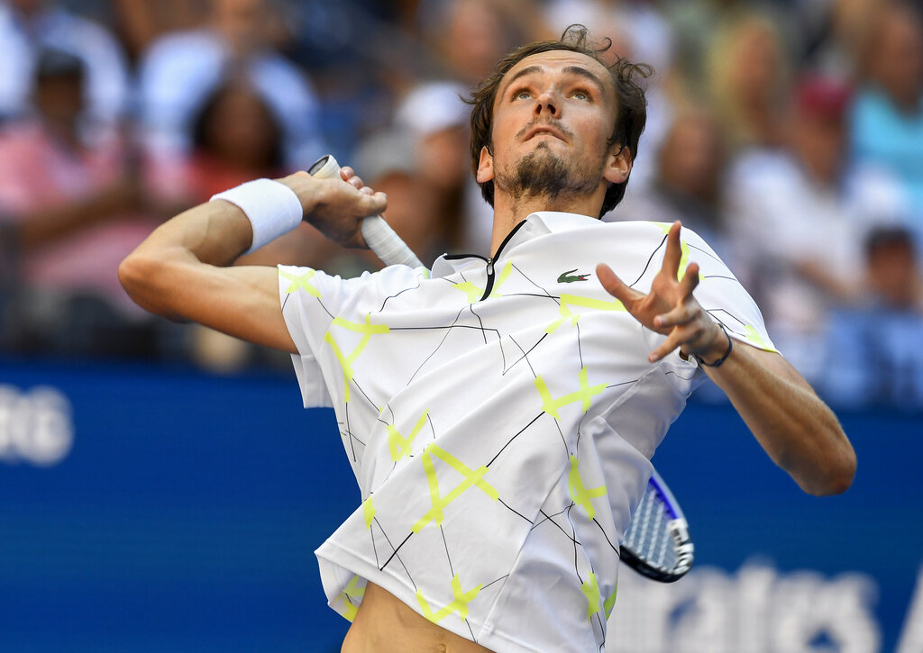 Stan Wawrinka knocks off Novak Djokovic at the US Open