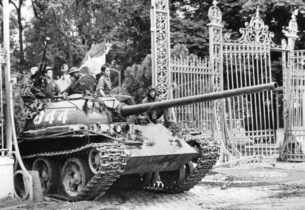 Watchf AP I   VNM APHS312599 Vietnam War