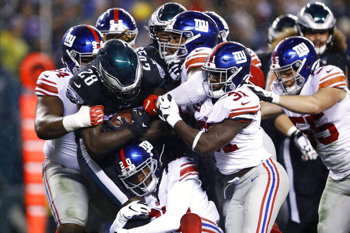 Eagles rally past Manning, Giants 23-17 in OT