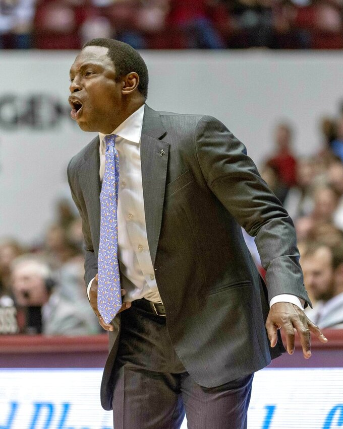 Alabama head coach Avery Johnson reacts to his team's play against Mississippi during the first half of an NCAA college basketball game, Tuesday, Jan. 22, 2019, in Tuscaloosa, Ala. (AP Photo/Vasha Hunt)
