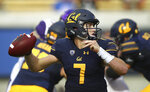 California quarterback Chase Garbers looks to pass against Washington during the first half of an NCAA college football game Saturday, Oct. 27, 2018, in Berkeley, Calif. (AP Photo/Ben Margot)