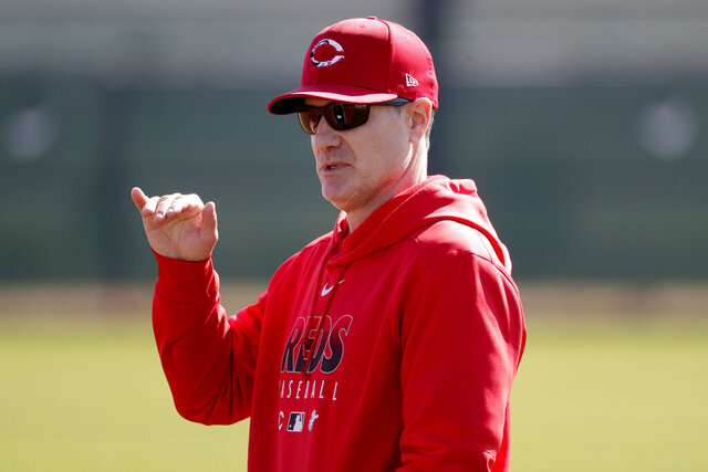 Cincinnati Reds manager David Bell talks during the teams' first spring training baseball workout, Saturday, Feb. 15, 2020, in Goodyear, Ariz. (AP Photo/Matt York)
