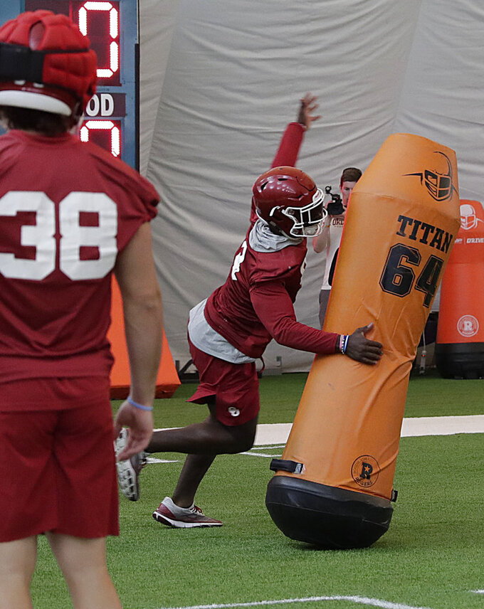 Oklahoma linebacker Kenneth Murray runs drills during an NCAA college football practice Thursday, Dec. 27, 2018, in Davie, Fla. Oklahoma plays Alabama in the Orange Bowl on Dec. 29. (AP Photo/Brynn Anderson)