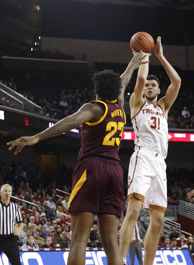 USC's Rakocevic still developing as force in the middle