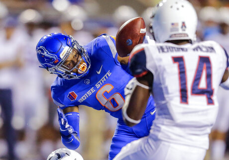 Connecticut Boise St Football