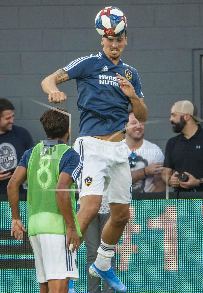 SOCCER: AUG 11 MLS - LA Galaxy at DC United