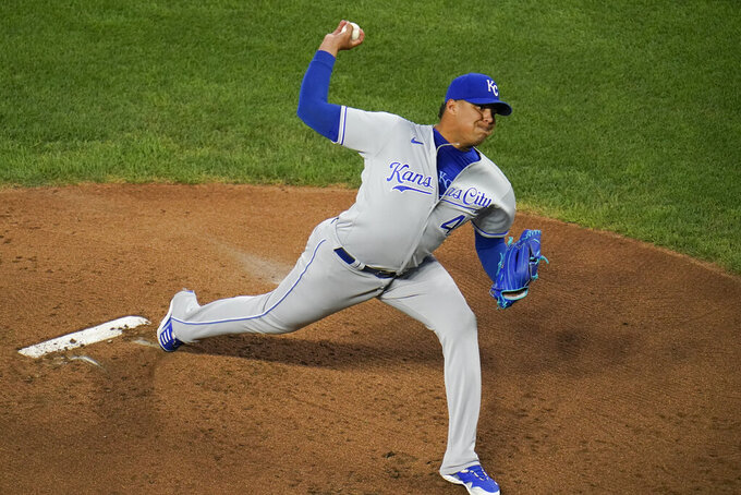 Kansas City Royals starting pitcher Carlos Hernandez throws a pitch to the Baltimore Orioles during the first inning of a baseball game, Thursday, Sept. 9, 2021, in Baltimore. (AP Photo/Julio Cortez)