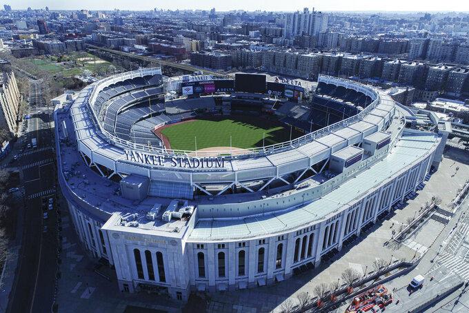 Vista aérea del Yankee Stadium en Nueva York, el jueves 26 de marzo de 2020. (John Woike/Samara Media vía AP)