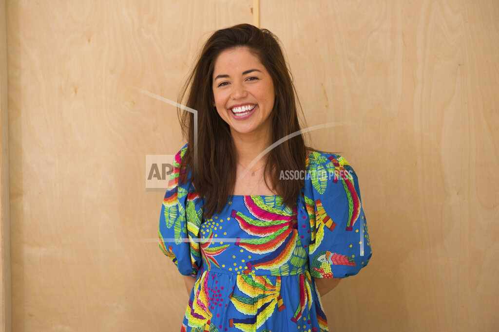 2021 South Beach Wine & Food Festival - Molly Yeh Portrait Session