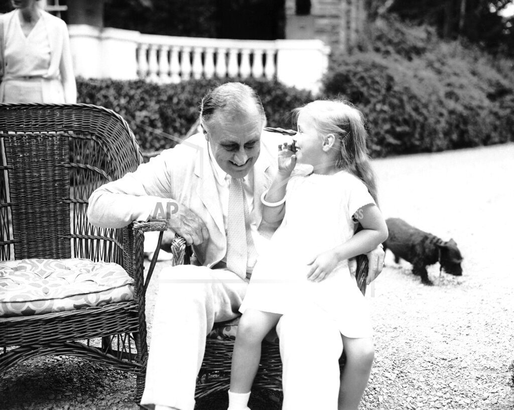 Watchf Associated Press Domestic News  New York United States APHS123960 Franklin Roosevelt And Granddaughter