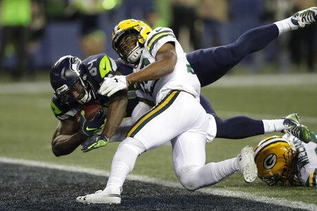 APTOPIX Packers Seahawks Football