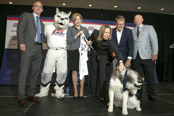 'Welcome Home, UConn': Huskies rejoin Big East