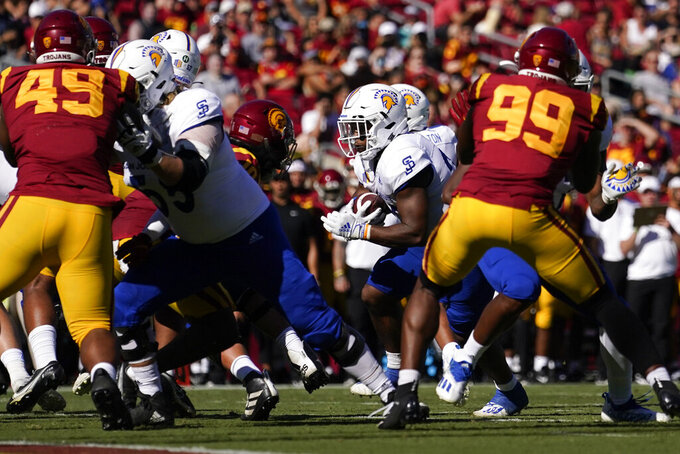 San Jose State running back Tyler Nevens, center runs to the end zone for a touchdown during the second half of an NCAA college football game against Southern California Saturday, Sept. 4, 2021, in Los Angeles. (AP Photo/Ashley Landis)