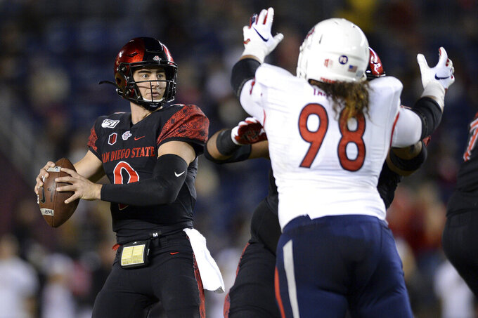 Agnew throws for 323 yards, San Diego St. beats Fresno St.