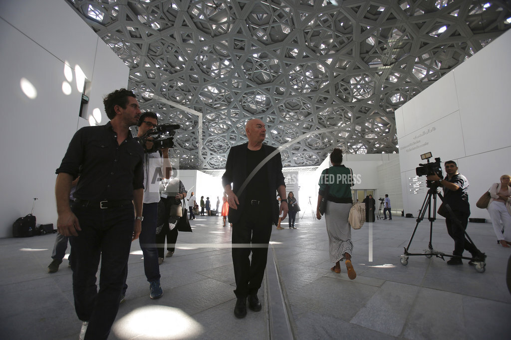 France's Macron, Arab leaders unveil Louvre Abu Dhabi