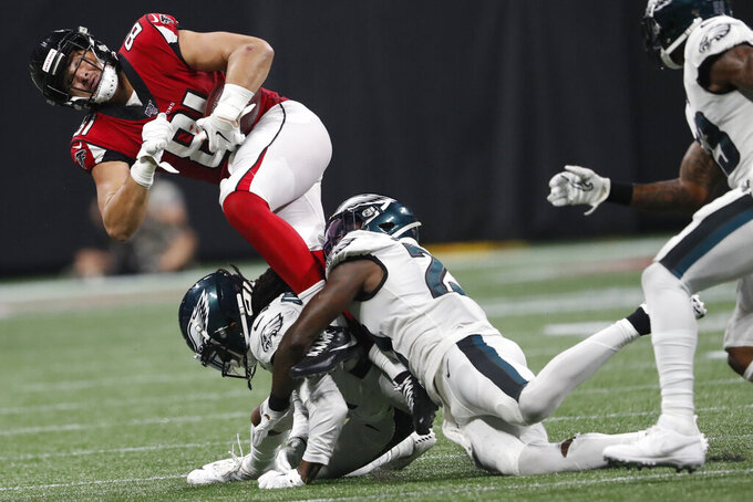 Atlanta Falcons tight end Austin Hooper (81) makes the catch against the Philadelphia Eagles during the second half of an NFL football game, Sunday, Sept. 15, 2019, in Atlanta. (AP Photo/John Bazemore)