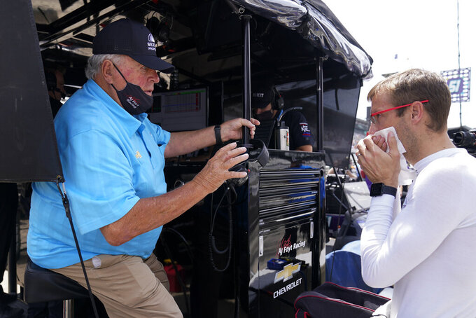 Stewart to celebrate 60th anniversary of Foyt's 1st Indy win