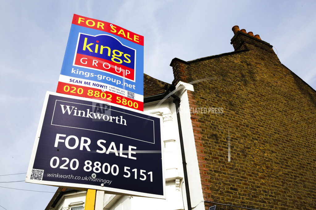 House sales in London, UK - 21 Aug 2019