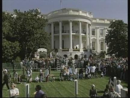 USA: WASHINGTON: ANNUAL EASTER EGG ROLL