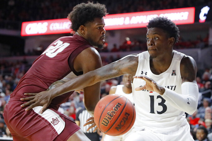 Cincinnati rolls over Alabama A&M with top scorer benched