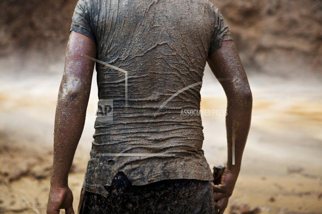 Peru Gold Miners Photo Essay