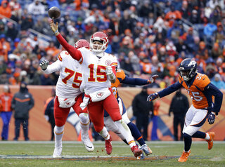 Broncos Chiefs Football