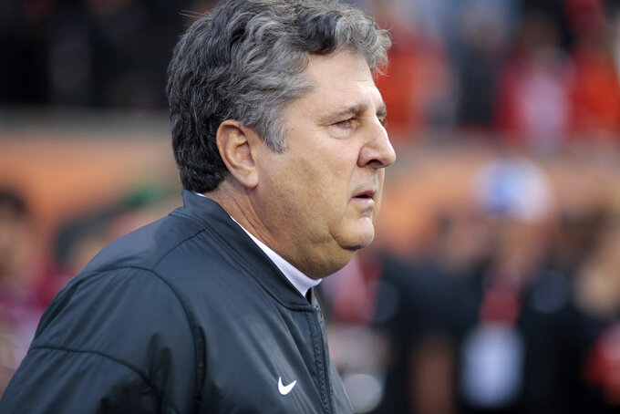 Washington State head coach Mike Leach before an NCAA college football in Corvallis, Ore., on Saturday Oct. 6, 2018. (AP Photo/Timothy J. Gonzalez)